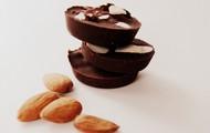 Raw Chocolates & Almonds
