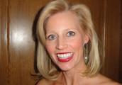 Courtney Slavin - Senior Stylist