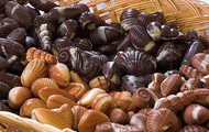 Many Pralines have intricate detail and often take on a shell shape.