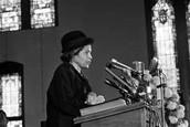 Rosa Parks giving her speech