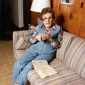 Eva Galler as a survivor.