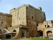 מבצר צלבני בעכו