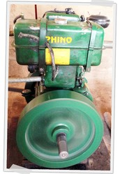 Our store sells the freshest peanuts with our grinding machine!