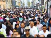 Actualmente la población se ve con las consecuencias de ...