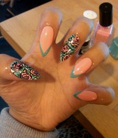 I Love to get my nails done