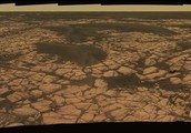 Does Mars have the things necessary for seasons to occur?