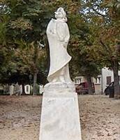 Cyrano Statue