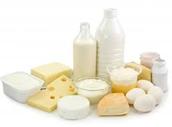 Debes beber mucha leche y comer yogur.