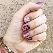 Get yourself BEAUTIFUL nails in over 400 designs, that last weeks and are affordable