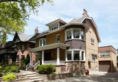 Magnificent Residence In Highly Coveted High Park~