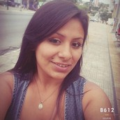 Zinnia Sanchez - Perú