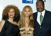 ALL ABOUT BEYONCE AND HER FAMILY