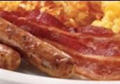 Regular desayuno: mil quinientos setenta y cinco colónes