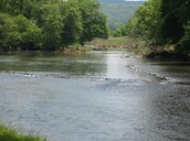 http://media-cdn.tripadvisor.com/media/photo-s/01/1f/dd/f2/the-etowah-river.jpg