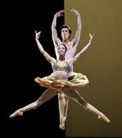 Karina Gonzalez y Joseph Walsh
