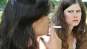 30% de las muertes por cáncer, 20% de las enfermedades cardiovasculares y 80% de las enfermedades pulmonares son causar por tabaco.