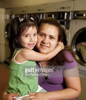 Una familia con una madre