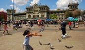 La Plaza (Central Square)