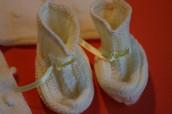 Varios modelos de Patucos y Zapatitos de bebés