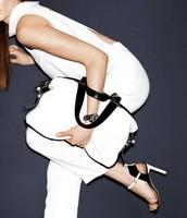sandale i torba sa kontrastom