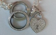New Bracelet with heart dangle