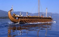 Greek and Persian ships