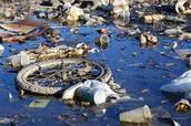 el agua contaminado