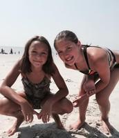 beach 'n' buddies