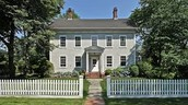 Colonial Revival-New England Saltbox