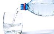 Debes beber agua cada dia