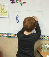 Making letters with magnet parts