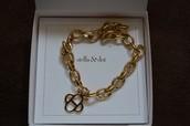 Link Charm Bracelet (gold)