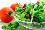 Une Salade (De la laitue et de la tomate)