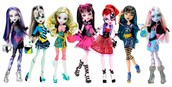 Girl's monster high doll