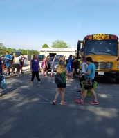 5th graders leaving for camp