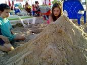 כי אין כמו ארמונות על החוף