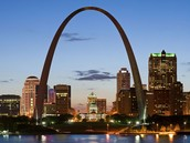"Interesting America,. ""The Gateway Arch — Its History And Architecture (St. Louis, Missouri)"". N.p., 2016. Web. 12 Jan. 2016."