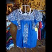 ¡Nuestra tienda vende la mejor ropa!