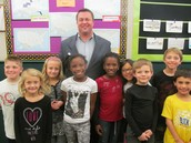 Mayor Hillocks visits 2nd grade .