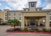 2 Hotels in Houston (With Prices)