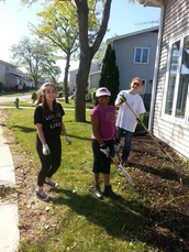 8th Graders Lambs Farm Service Day