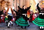 parade dancing