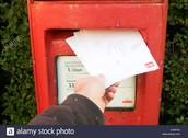 4. Yo fui al correo y eché una carta.