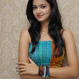 akshara lakshmanan profile pic