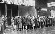 Hundreds of unemployed people lined up in bread lines