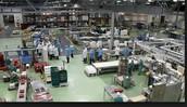 Fotografía en la que se muestra la fase de producción en el interior e una fábrica