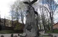 Один из памятников