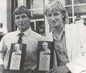 Rick Hansen and Wayne Gretzky sharing the Lou Marsh Award