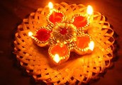 What is Diwali ? How do the Hindus Celebrate it ?