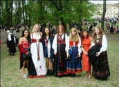 Norwegians dress up!